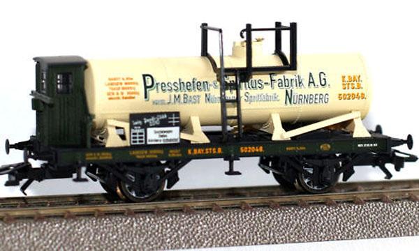 画像2: 鉄道模型 トリックス Trix 24088 Trix Profi Club H0 Car for 2010. タンク貨車 HOゲージ