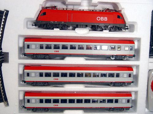 画像2: 鉄道模型 PIKO ピコ 96947 OBB 3 EC-Wagen スターターセット H0ゲージ