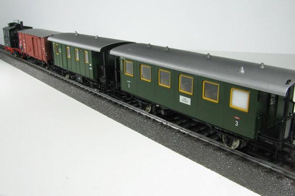 画像4: 鉄道模型 メルクリン Marklin 26559 Glaskasten/グラスカステン DB BR98.3 蒸気機関車+貨車1両+客車2両 列車セット HOゲージ