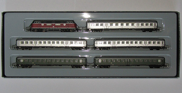 画像1: 鉄道模型 メルクリン Marklin 81175 DB V200.0 ディーゼル機関車 旅客列車セット Zゲージ