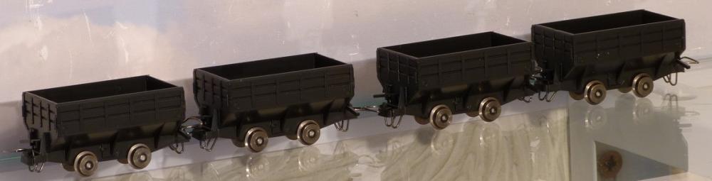 画像1: 鉄道模型 ミニトレインズ MINITRAINS 5106 コールカーセット 貨車 ナローゲージ HOn30(9mm)