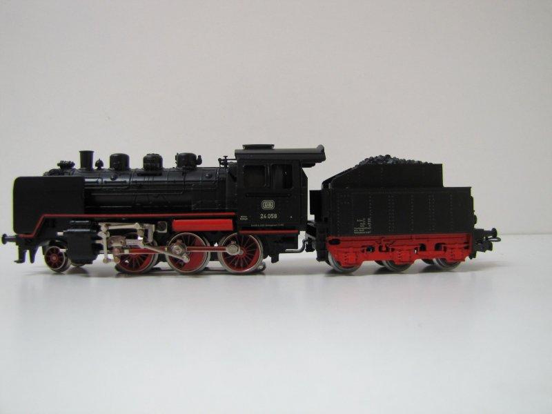画像1: 鉄道模型 メルクリン Marklin 3003 DB BR 24058 蒸気機関車 H0ゲージ