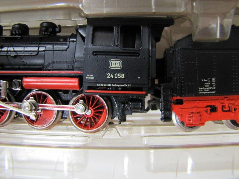 画像2: 鉄道模型 メルクリン Marklin 3003 DB BR 24058 蒸気機関車 H0ゲージ