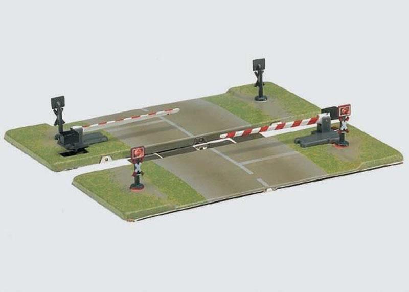 画像1: 鉄道模型 メルクリン Marklin 8992 ミニクラブ 踏切セット Zゲージ