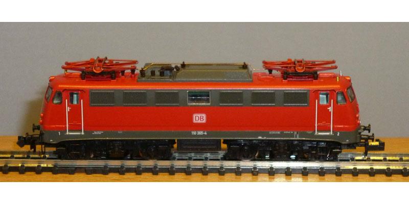 画像1: 鉄道模型 ホビートレイン HobbyTrain 2805 BR110 赤 電気機関車 Nゲージ