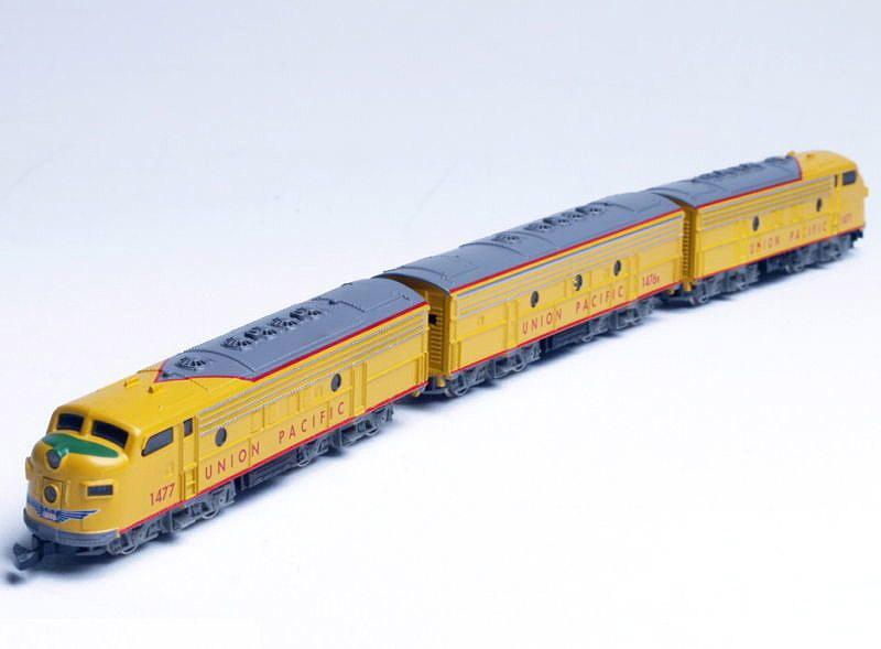 画像1: 鉄道模型 メルクリン Marklin 8832 ミニクラブ mini-club アメリカ ユニオンパシフィック F7 A-B-A ディーゼル機関車 Zゲージ