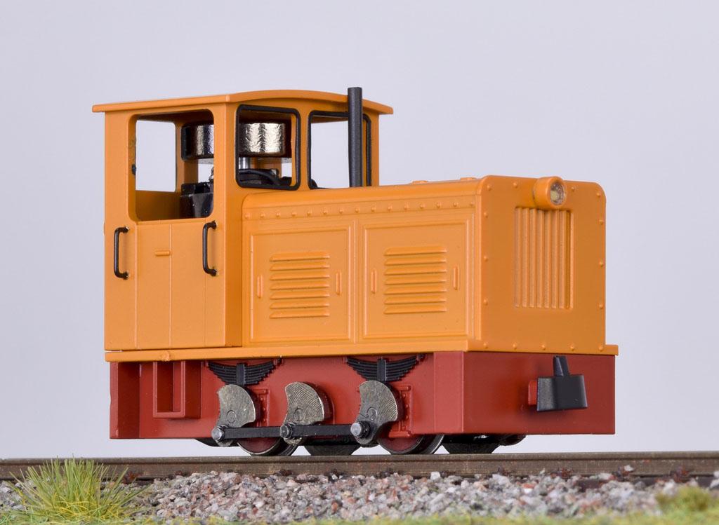 画像1: 鉄道模型 ミニトレインズ Minitrains 2024 ディーゼル機関車 オレンジ HOn30 ナローゲージ(9mm)